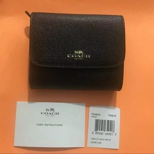 NWT Coach new York Care Instructions Wallet